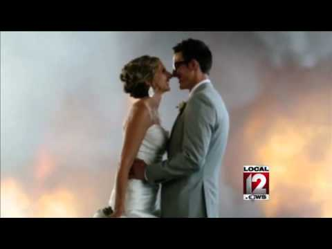 wildfire-sparks-amazing-wedding-photo-in-oregon