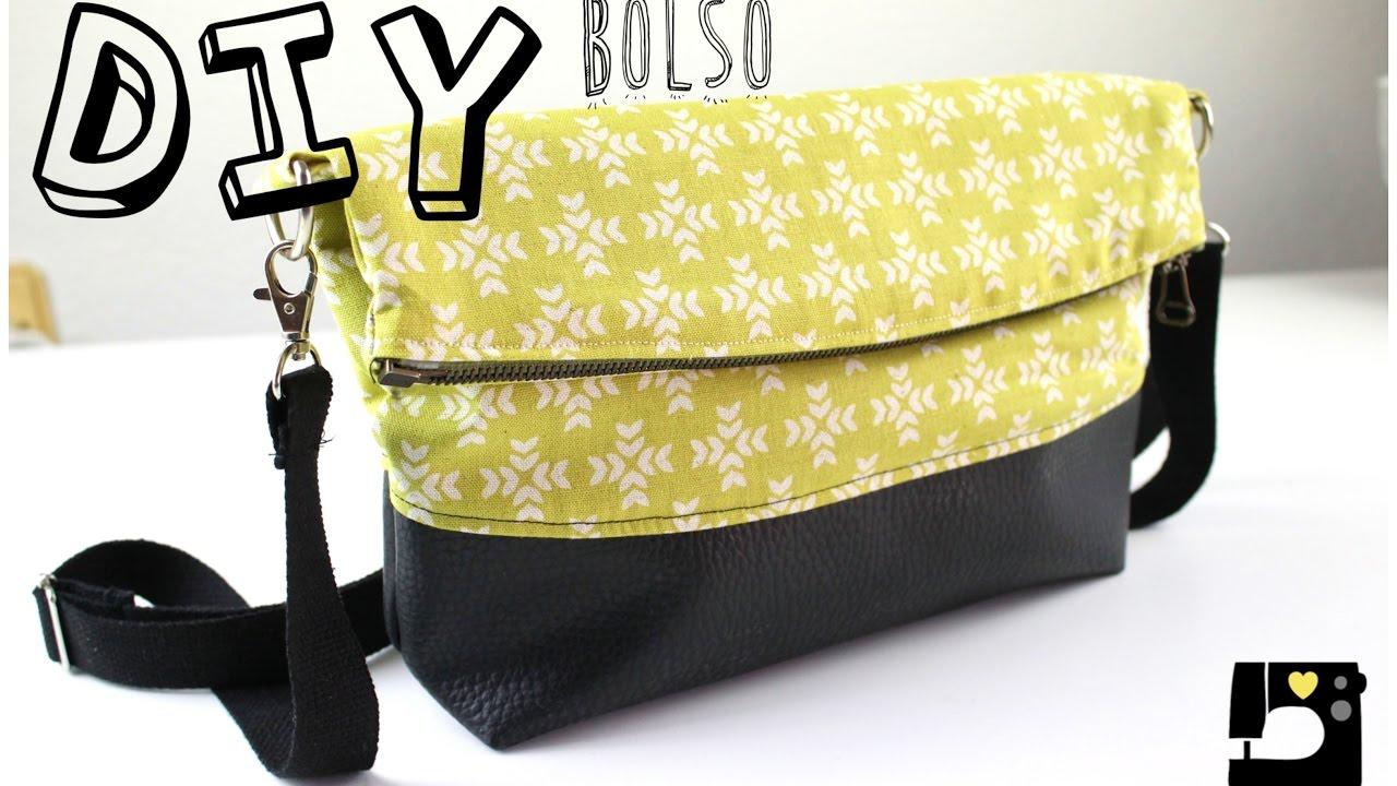 Diy tutorial bolso estilo clutch patrones gratis youtube - Colgador de tela con bolsillos ...