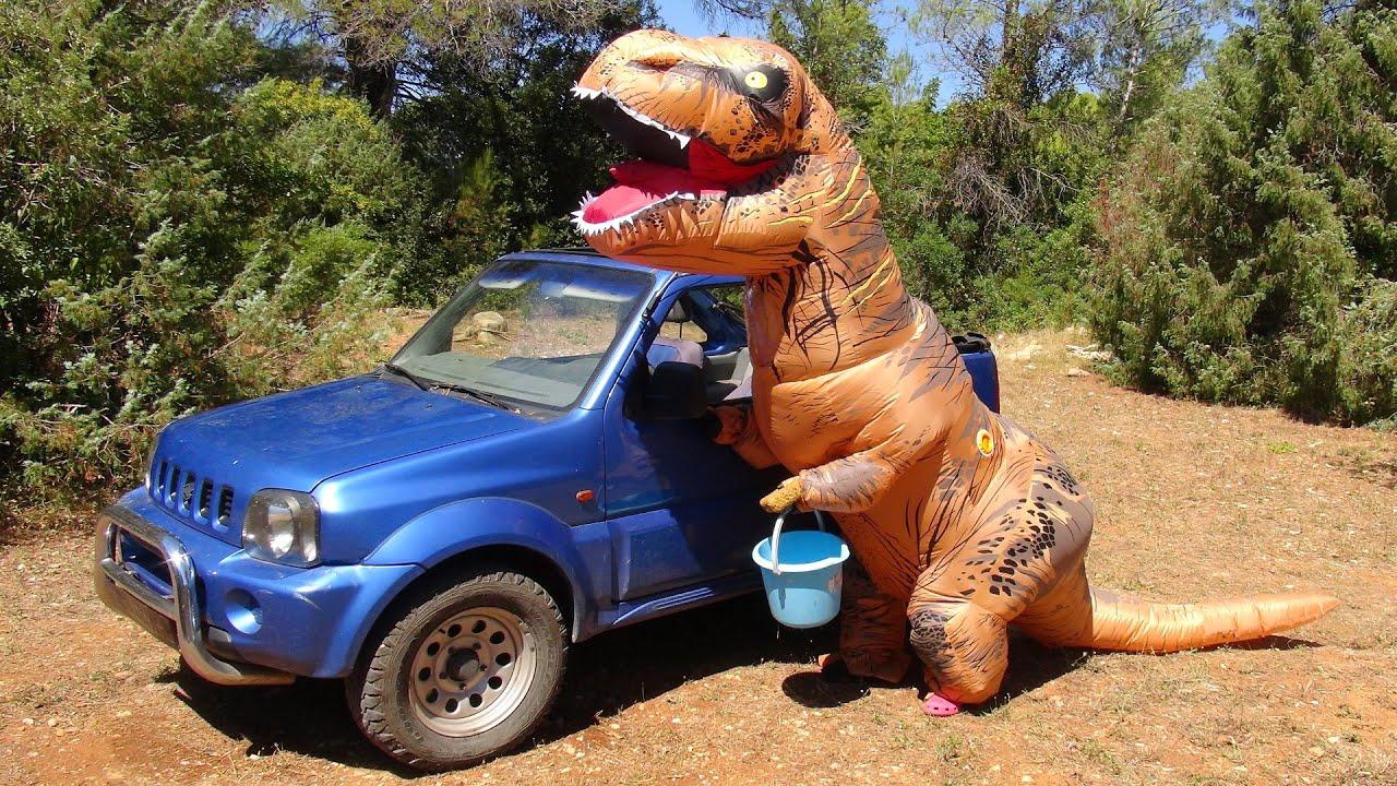 Trex le dinosaure lave la voiture de spiderman vid o fun pour les enfants s e ep 9 youtube - Spiderman voiture ...