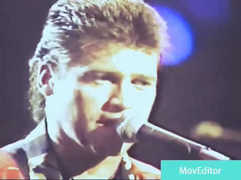 billy-ray-cyrus-performing-she's-not-cryin'-anymore-live-in-reno,-nevada-(1992)