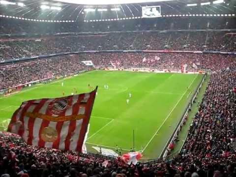 Bayern Munchen Fantastic Goal Celebration. Fans singing