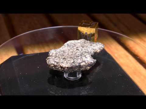 KG-002 Martian Shergottite Meteorite endcut (2).