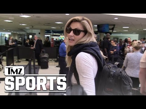Erin Andrews Gives Football Advice | TMZ Sports