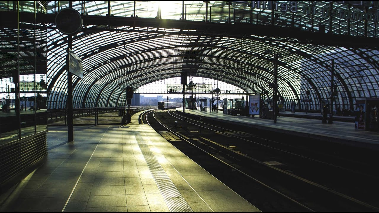 Суперсооружения: Берлинский вокзал. Наука и образование