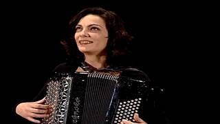 Teresa & Rodrigo Maurício - Ó Rosa Arredonda A Saia