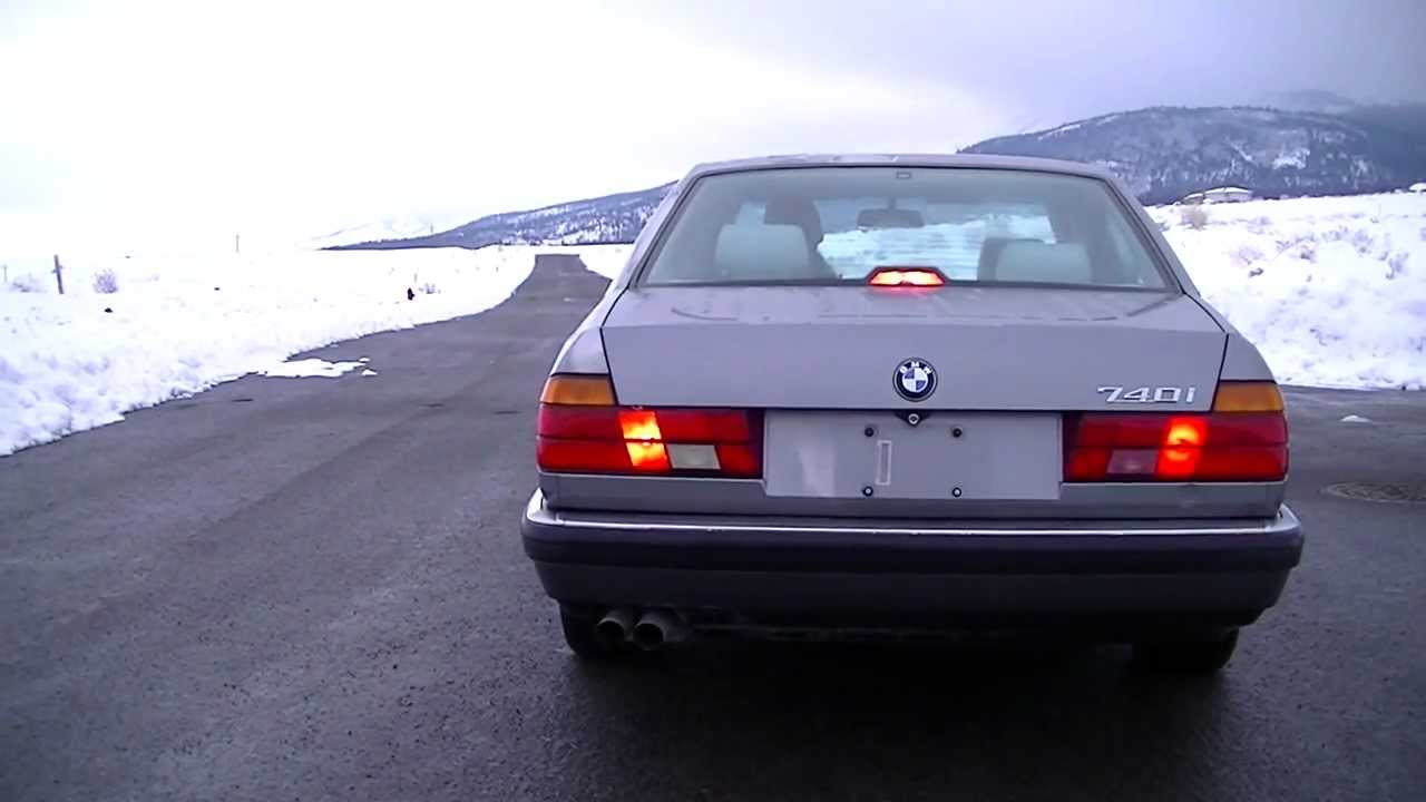 1993 Bmw E32 740i Exhaust And Driving Sound
