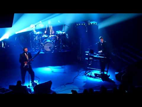 Fun Lovin' Criminals - Loco (Live at Koko, London).