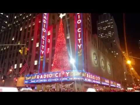 Radio City Music Hall in Manhattan,New York