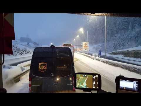 Fennakadások Ausztriában a hó miatt.2017.04.18