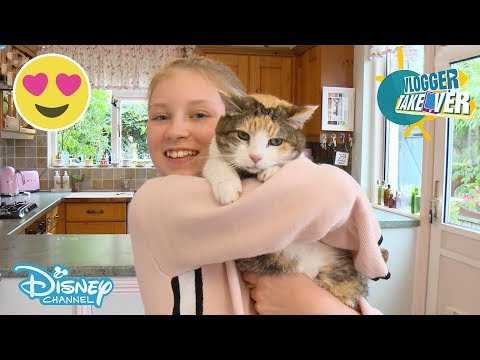 Vlogger Takeover | Coco's After School Routine | Disney Channel UK