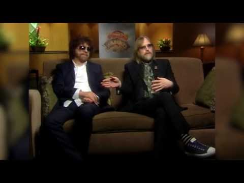 Traveling Wilburys Jeff Lynne and Tom Petty On Writing With Bob Dylan