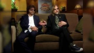 TheWilburysAreComing Episode #3: Jeff Lynne and Tom Petty on writin...