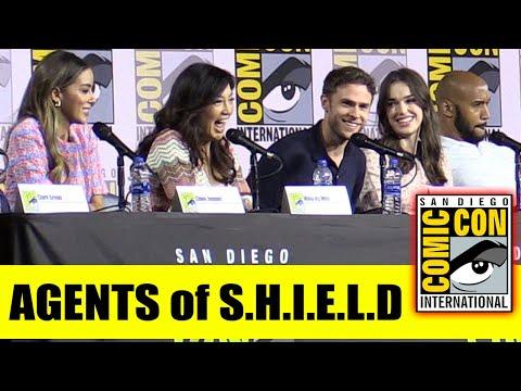 marvel's-agents-of-shield-|-comic-con-2019-full-panel-(clark-gregg,-ming-na-wen,-chloe-bennet)