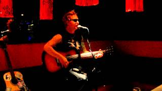 To Have and to have not (Billy Bragg cover) by Alex Alert (Dead City Radio)