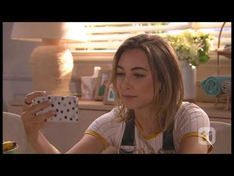 [Neighbours] 7765 Paige & Piper Scene