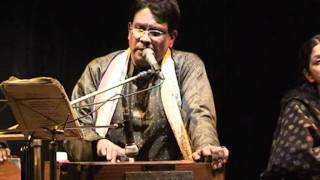 Ainate Oi Mukh Dekhbe Jokhon-LIVE -