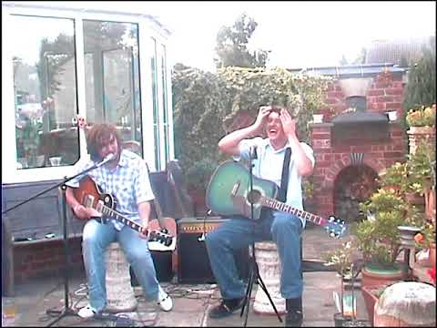 Dave Mann & The Lategates - Acoustic Set 2005 (Previously unreleased DVD Extra)
