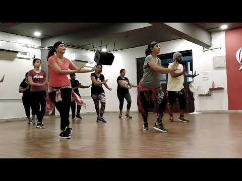 Robarte un Beso (Zumba) - Faiz Fitness Studio - Visakhapatnam
