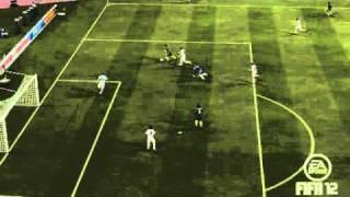 Eiskalter Lupfer über den Verteidiger - FIFA 12 HD