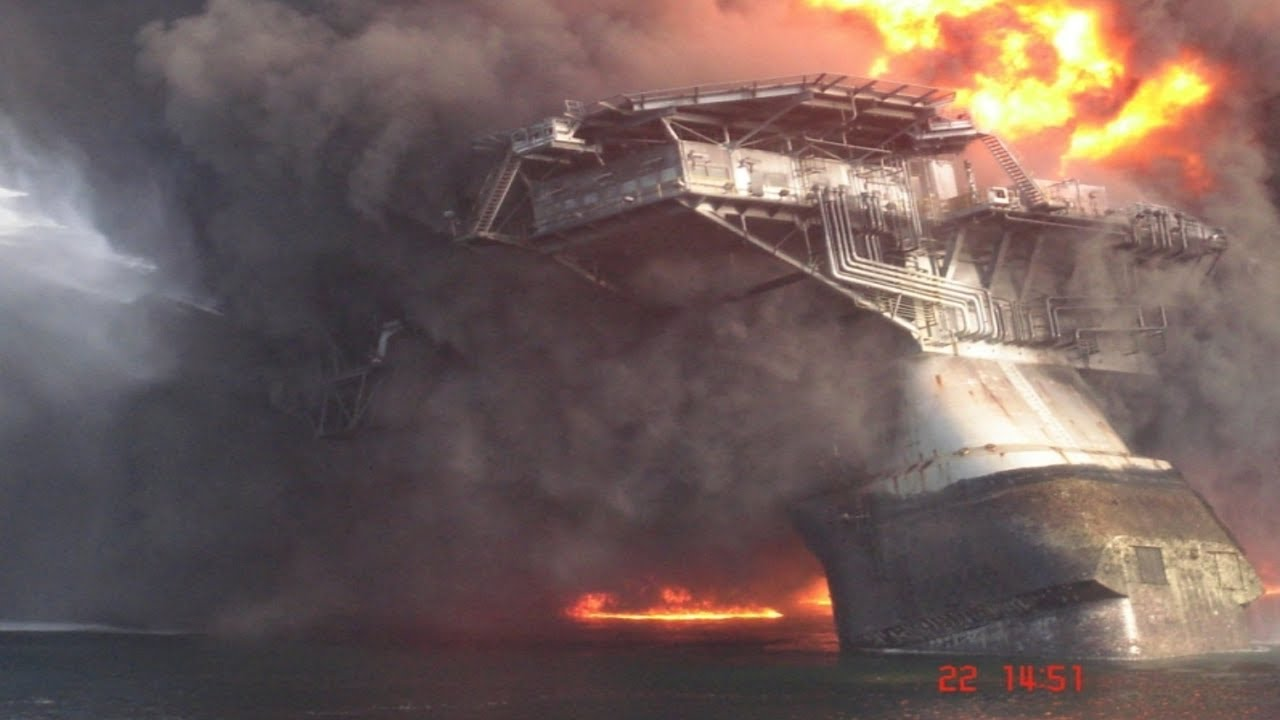 bp oil explosion in the gulf An interactive, day-by-day look at how bp's oil spill in the gulf of mexico became the worst environmental disaster in us history click on the bars below to access.