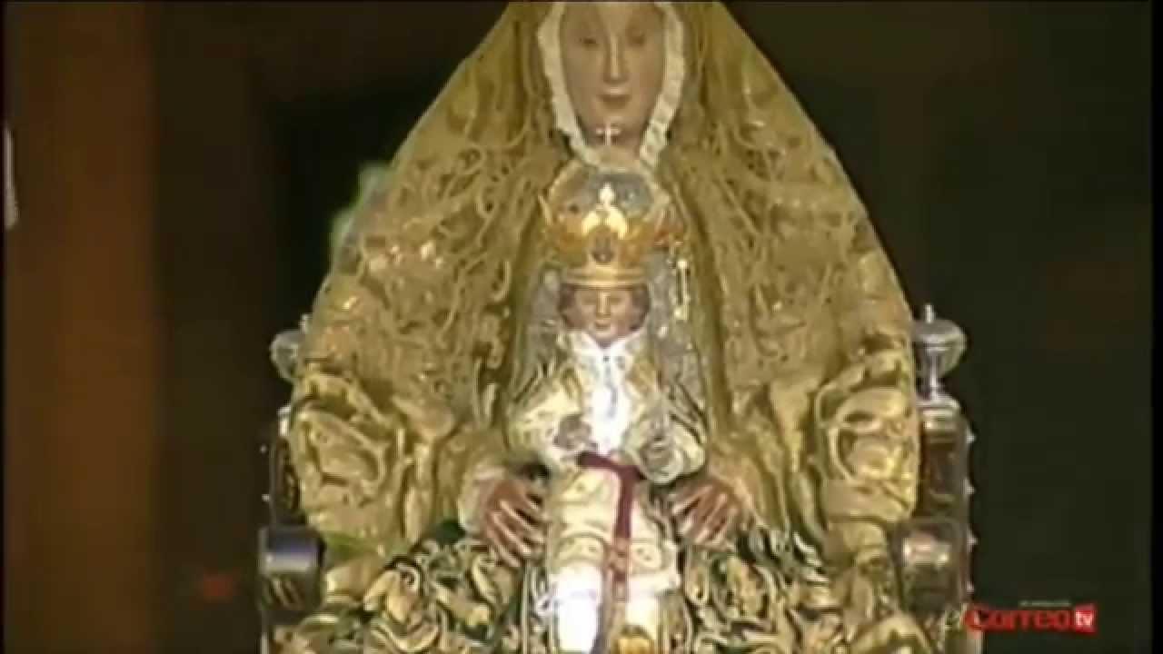 Salida procesi n virgen de los reyes sevilla 2014 youtube for Mudanzas virgen de los reyes