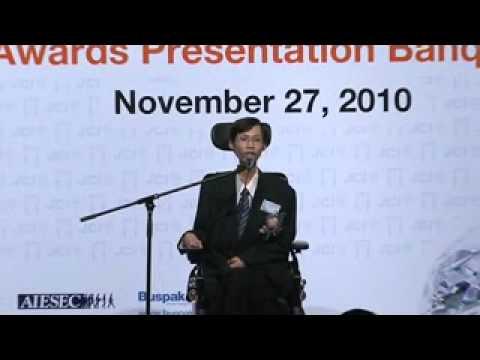 十大傑出青年選舉2010 頒獎典禮晚宴 - Part 17 - YouTube