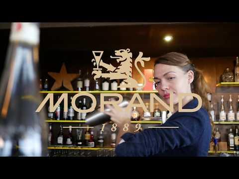 Comment Faire Un Cocktail à Base D'eau De Vie De Framboises
