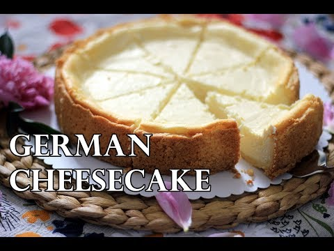 TRADITIONAL GERMAN CHEESECAKE RECIPE | INTHEKITCHENWITHELISA