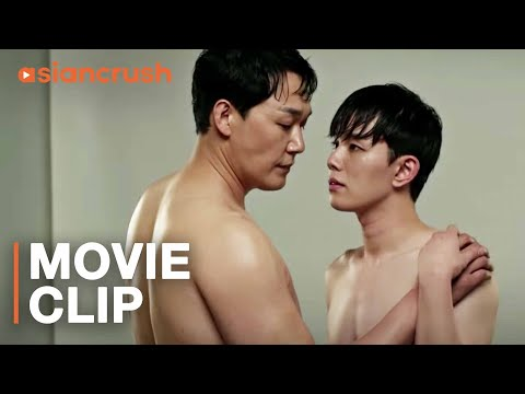 An actor starts falling for the young idol playing his lover | Clip from LGBT romance 'Method'