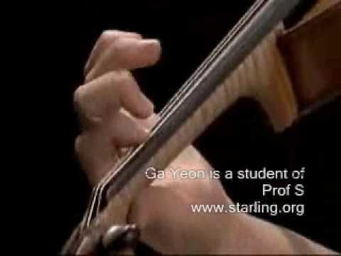 11 year old violin virtuoso plays Paganini