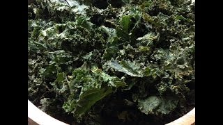 Making Crunchy Italian  Kale Chips