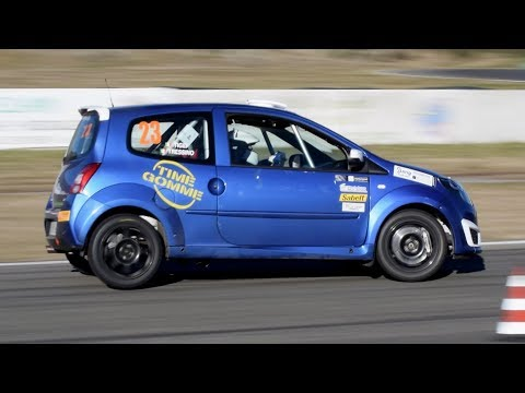 Renault Twingo R2: slalom racing, action, flatout, pure sound & camera car