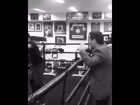 Julio Cesar Chavez Sr | How to Throw a Left Hook to the Body Mp3