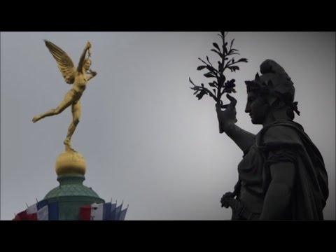 JEAN LUC MELENCHON LA MARCHE DES INSOUMIS PARIS PLACE DE LA REPUBLIQUE 18 MARS 2017