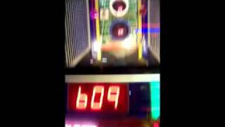 How To Beat Dave & Buster's Games   2 Minute Drill (8 Jackpot Streak)