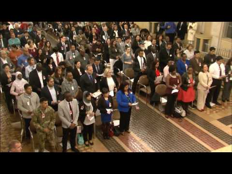 Attorney General Lynch Hosts Naturalization Ceremony with USCIS Director Rodríguez
