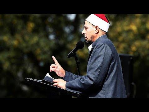 إمام مسجد بنيوزيلندا: مذبحة المسجدين يجب أن تكون نقطة تحول مثل أحداث 11 سبتمبر …
