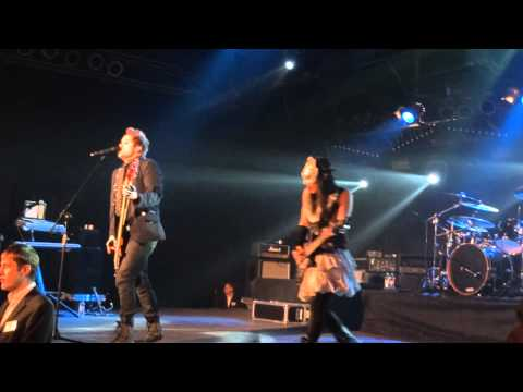 Skillet  Whispers In The Dark Milk Moscow, Russia 26112011 HD