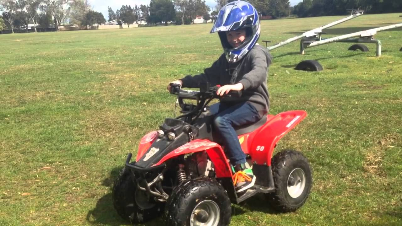 Four Wheeler With Rims: 50cc Kids 4 Wheel Motorbike Start Up