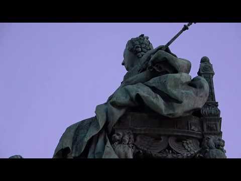 Вена. Площадь Марии Терезии и два музея-близнеца.