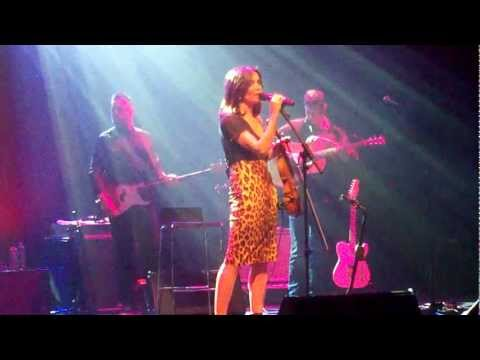 Sharon Corr  live Radio & Smalltown Boy (Sevilla)