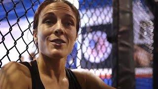 Training Day: Joanna Jedrzejczyk and Valerie Letourneau prepare for UFC 193
