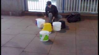 Lawrence Vermeir - bucket drums, UK style