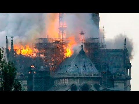 A Catedral de Notre Dame e o jacobinismo anti-católico