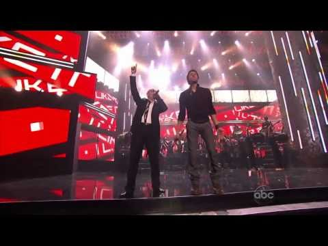 Enrique Iglesias Ft Pitbull - Tonight and I like it - Live AMA awards