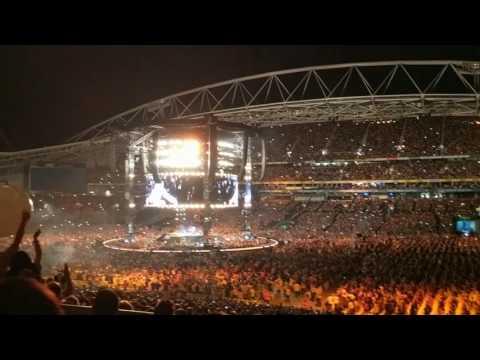 Set Fire to the Rain - Adele LIVE @ ANZ Stadium Sydney Australia 10/03/2017 (FULL SONG)