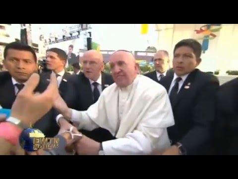 """Papa Francisco: se molesta y dice ¡No seas egoísta!"""""""