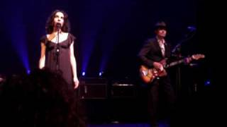 PJ HARVEY - Passionless, Pointless (live @ AB, Brussels 2009)