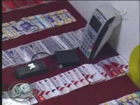 Polícia descobre máquina de falsificar cartões de crédito 13/10/09