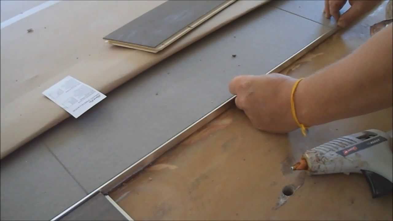 How to Install Metal Transition Strip between Hardwood Flooring ...